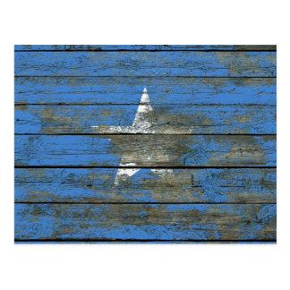 Somalische Flagge auf rauem Holz verschalt Effekt Postkarte