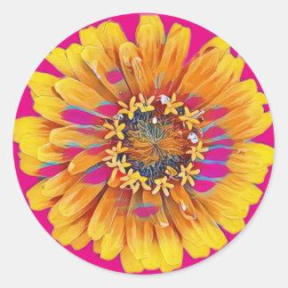 Sommer-Blume in der vollen Blüte Runder Aufkleber