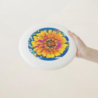 Sommer-Blume in der vollen Blüte Wham-O Frisbee