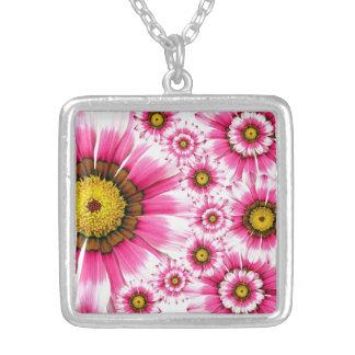 Sommer-Blumenhübsche girly rosa Blumenhalskette Versilberte Kette