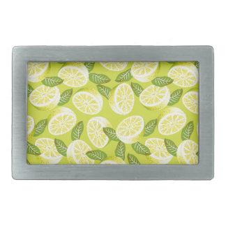 Sommer-gelbe Zitronenscheiben und -Blätter auf Rechteckige Gürtelschnalle