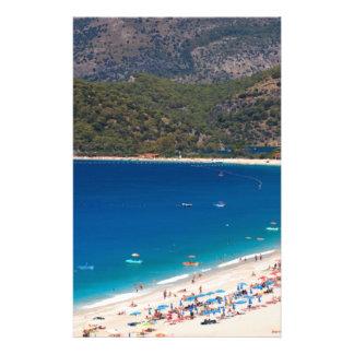 Sommer-Strand und Berge Bedrucktes Büropapier