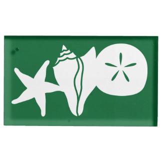 SommerSeashells im grüne Tabellen-Karten-Stand