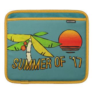 Sommerzeit - perfekter Strand-Sonnenuntergang - an iPad Sleeve