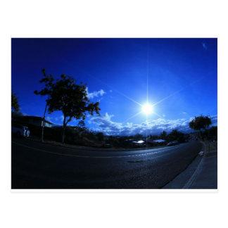 Sonne im Blau Postkarte