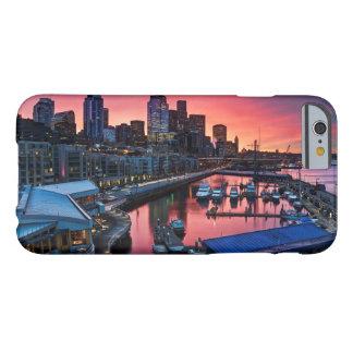 Sonnenaufgang am Pier 66, der unten auf Barely There iPhone 6 Hülle