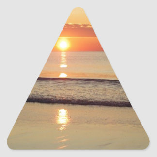 Sonnenaufgang entlang Hampton-Strand-New Hampshire Dreieckiger Aufkleber