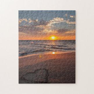 Sonnenaufgang-Herz im Sand Puzzle