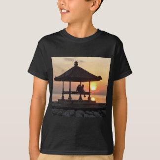 Sonnenaufgang in Bali T-Shirt