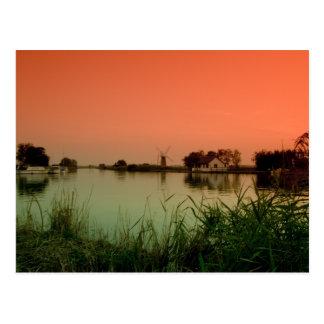"""""""Sonnenaufgang in dem Fluss"""" Postkarten"""