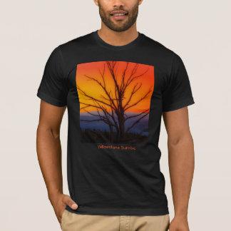 Sonnenaufgang über Yellowstone Nationalpark T-Shirt