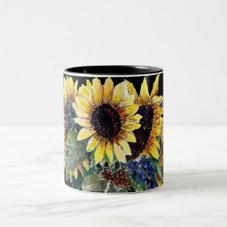 Sonnenblume-Blumenstrauß auf Schwarzem Zweifarbige Tasse