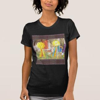 SONNENBLUME-Dekorationen an Surajkund Festival T-Shirt