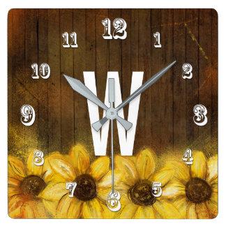 Sonnenblumen malten auf Monogramm des Holz-| Quadratische Wanduhr