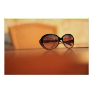 Sonnenbrille am Feiertag Poster