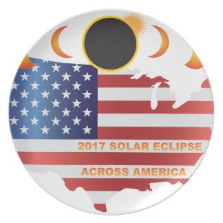 Sonnenfinsternis 2017 über USA-Karten-Illustration Teller