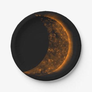 Sonnenfinsternis-Durchfahrt Pappteller
