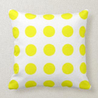 Sonnenschein-gelbe Tupfen auf Weiß Kissen