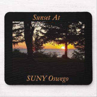 Sonnenuntergang an Seeufer SUNY oswego, SUNY Mauspads