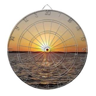 Sonnenuntergang auf dem See Dartscheibe