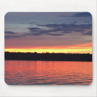 Sonnenuntergang auf dem See Mousepad