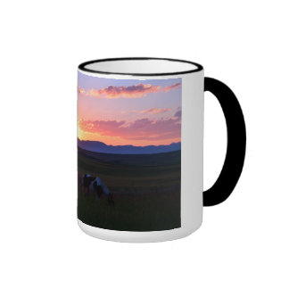 Sonnenuntergang auf der Ranch Ringer Tasse