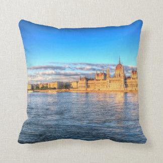 Sonnenuntergang Budapests Donau Kissen