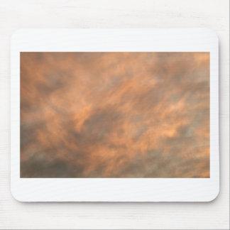 Sonnenuntergang durch Wolken Mousepads