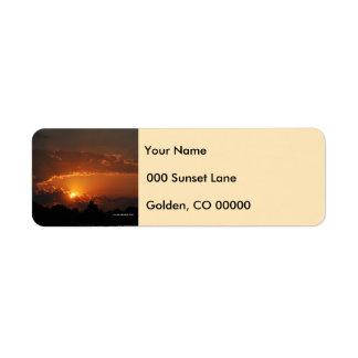 Sonnenuntergang-goldene Strahlen