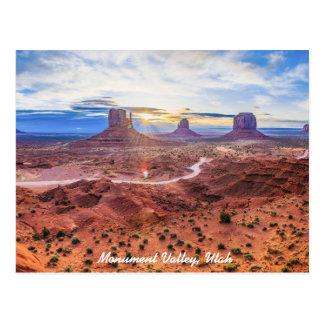 Sonnenuntergang im Monument-Tal, Utah Postkarte