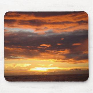 Sonnenuntergang in Lahaina in Maui Hawaii Mauspads