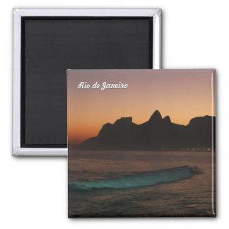 """Sonnenuntergang in Rio de Janeiro"" Quadratischer Magnet"