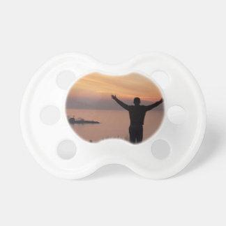 Sonnenuntergang-Klippe Schnuller