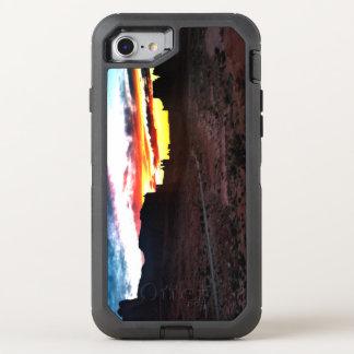 Sonnenuntergang-La-Salz-Gebirgsstandpunkt wölbt OtterBox Defender iPhone 8/7 Hülle