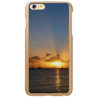 Sonnenuntergang mit Segelboot-tropischem