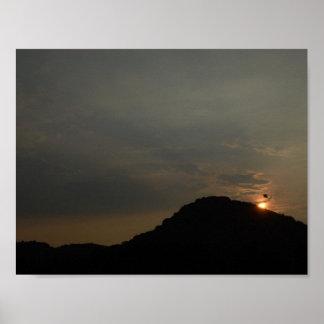Sonnenuntergang mit Vogel Poster
