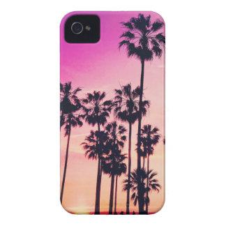 Sonnenuntergang-Palmen-lila tropischer Himmel iPhone 4 Case-Mate Hülle