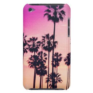 Sonnenuntergang-Palmen-lila tropischer Himmel iPod Touch Etuis