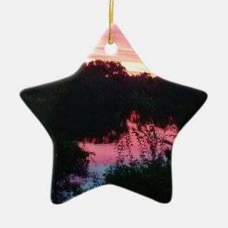 Sonnenuntergang-Reflexionen vor dem Sturm Keramik Ornament