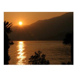 Sonnenuntergang ~ See como Postkarten