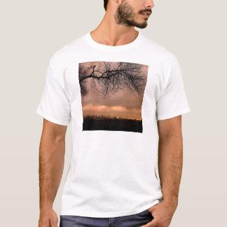 Sonnenuntergang-stumpfe Stadt-Dämmerung T-Shirt