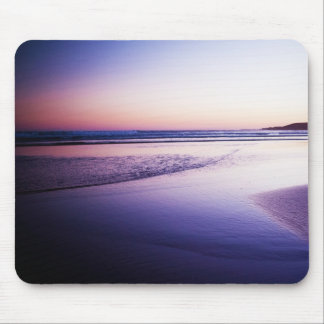 Sonnenuntergang-tiefe Landschaft lila Mauspad