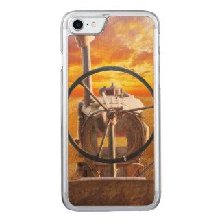 Sonnenuntergang-Traktor-Entwurf Carved iPhone 8/7 Hülle