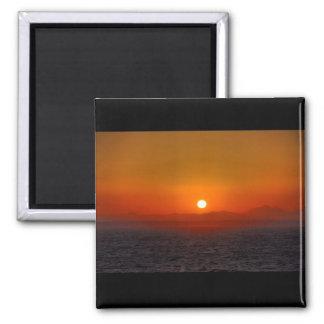 Sonnenuntergang über ägyptischen Bergen Quadratischer Magnet