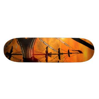 Sonnenuntergang über dem Meer mit Schiff Bedruckte Skateboarddecks