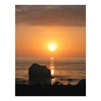 Sonnenuntergang über dem Ozean Flyers
