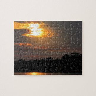 Sonnenuntergang über Fluss-Puzzlespiel Puzzle