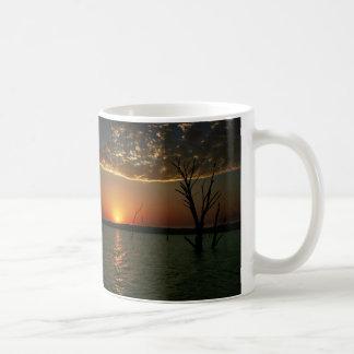 Sonnenuntergang über See Tasse