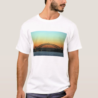 Sonnenuntergang über Sydney-Hafen-Brücke, T-Shirt