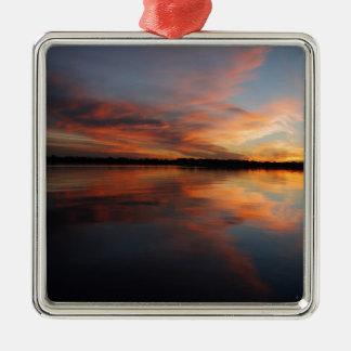 Sonnenuntergang und Wolken Quadratisches Silberfarbenes Ornament